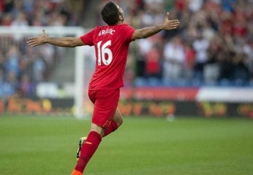 Huddersfield 0 - 2 Liverpool: Bước chạy đà quá tốt