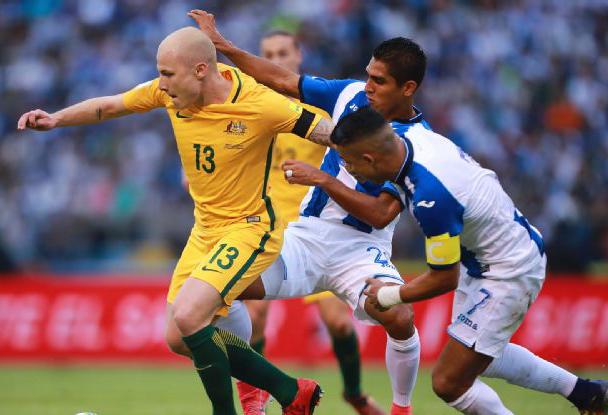 Australia còn 1 thử thách để đến VCK World Cup