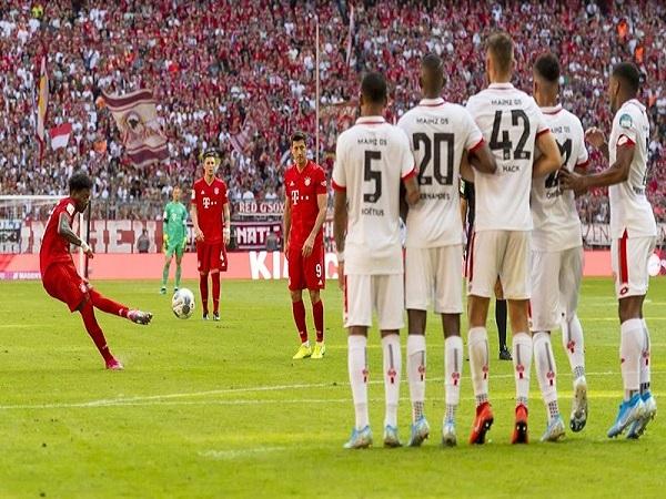 Bayern vinh danh ngôi sao đa năng