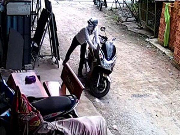 Nằm mơ thấy mất xe máy - giải mã bí ẩn giấc mơ mất xe máy