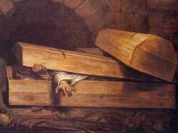 Mơ thấy mình chết trong quan tài là điềm lành hay dữ?