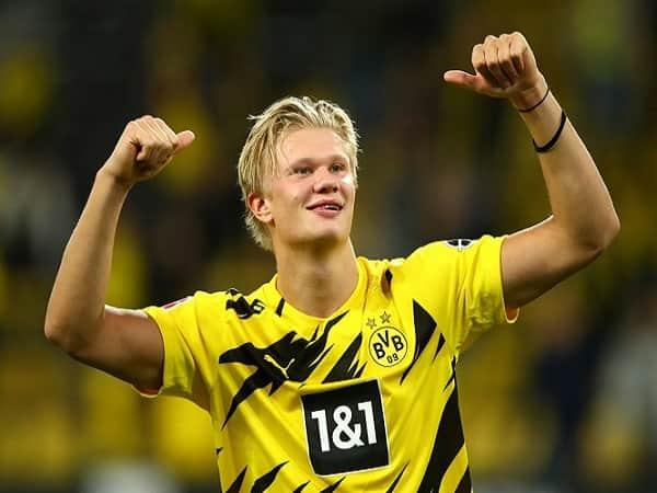 Dortmund tăng lương gấp đôi cho Haaland